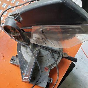 Electric black & decker power mitter saw for Sale in PA, US