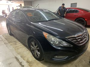 Hyundai Sonata , 2012 , parts only call for any part for Sale in Orlando, FL