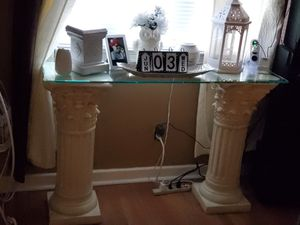 PEDAL STOOL STAND WITH GLASS for Sale in Philadelphia, PA