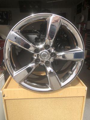 Nissan 350z chrome rim for Sale in Las Vegas, NV