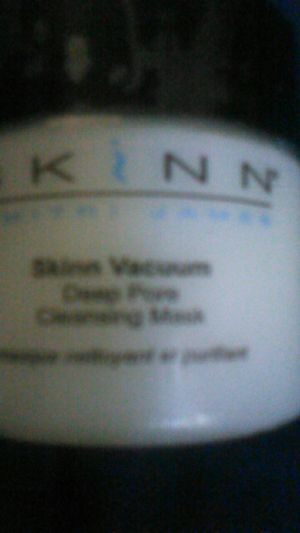 SKIIN vacuum deep pore cleaning mask for Sale in Los Angeles, CA