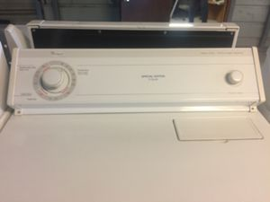 Whirlpool Electric Stove for Sale in Del Valle, TX