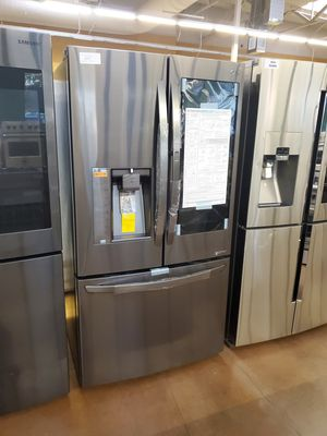 LG French Door Refrigerator showcase InstaView for Sale in Pomona, CA