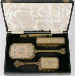 ANTIQUE-VICTORIAN FILIGREE NEEDLEPOINT VANITY HAND MIRROR BRUSH set box for Sale in Hayward,  CA