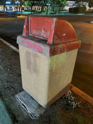 Outdoor trash cans for Sale in Upland, CA