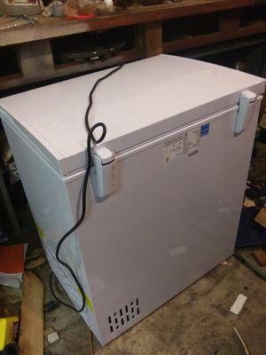 Small Househol Freezer for Sale in Wichita, KS