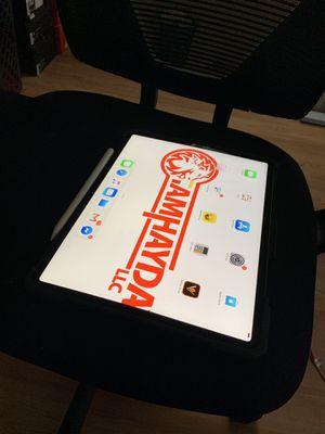 iPad Pro 12 inch w/pen 64 gig for Sale in Tacoma, WA