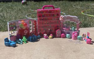 Lot of Shopkins Collectibles for Sale in LOS RNCHS ABQ, NM