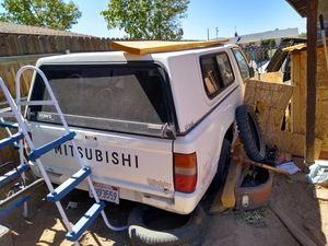 Mitsubishi mighty Max for Sale in Apple Valley, CA