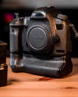 CANON 5D MKIII + Battery Grip DSLR for Sale in Long Beach,  CA