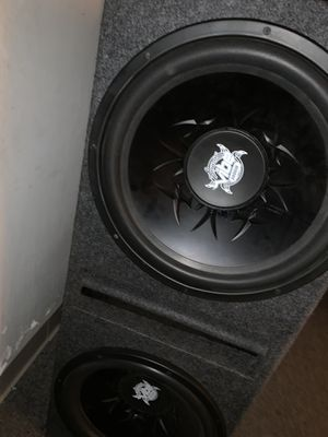 15 inch Lanzar Don't waste my time if you don't want it for Sale in Detroit, MI