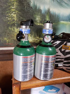 Light fixtures, small portable O2 tanks, seats for a 1998 Dodge Grand Caravan for Sale in Lompoc, CA
