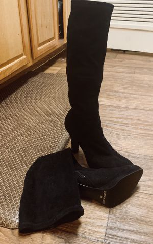 Enzo Angiolini Black Suede Knee-High Boots (Size 8 1/2 M) for Sale in Palm Harbor, FL