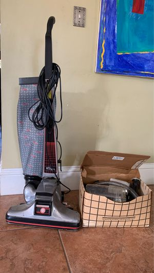 Kirby vacuum cleaner w/ attachments. In great condition! for Sale in Aventura, FL