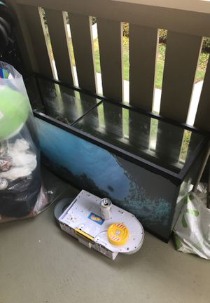 55 gallon fish tank with rock and decoration for Sale in Escondido, CA