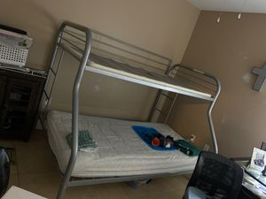 Twin/full bunk bed 🛏 for Sale in Miami, FL