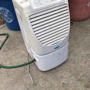 Whirlpool Dehumidifier for Sale in Addison, IL