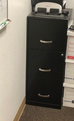 Three drawer file cabinet for Sale in San Diego, CA