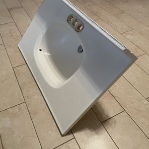 """Free Sink 30"""" for Sale in San Jose, CA"""