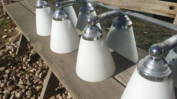 4 light fixture