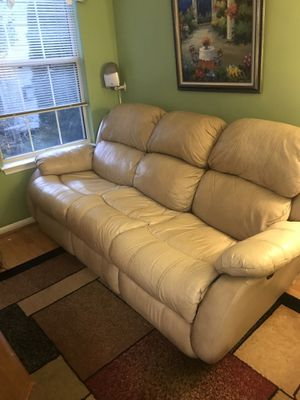 Power Reclining Sofa for Sale in Potomac Falls, VA