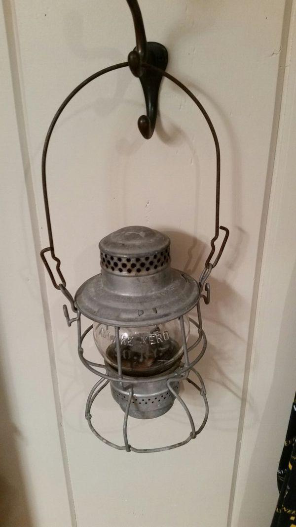 Antique Southern Railways Kerosene Railroad Lantern Train