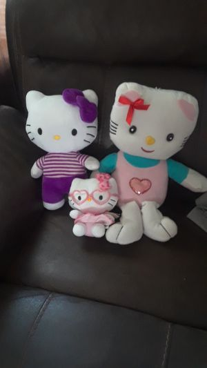 Hello kitty stuff toy in good condition all for 10 for Sale in San Antonio, TX