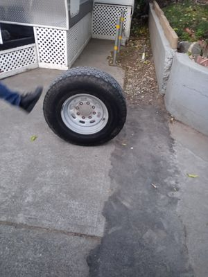 """Rims and tires FOrd super duty 250 stock 18 """" for Sale in Elk Grove, CA"""