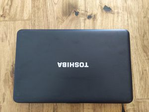 Toshiba laptop for work (asking 270$ or best offer) for Sale in Philadelphia, PA
