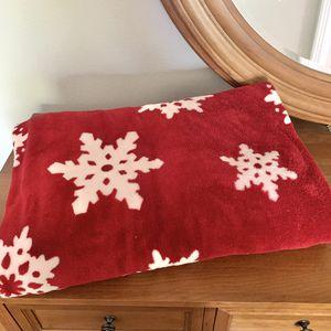 Red Snowflake Throw Blanket for Sale in Phoenix, AZ