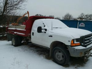 2000 Ford f450 dump truck v10 gas for Sale in Chicago, IL