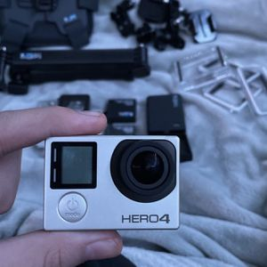 GoPro Hero 4 Silver for Sale in Los Angeles, CA