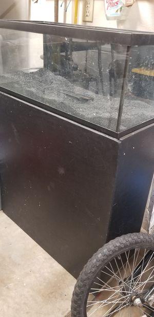 Fish tank 20 gallon for Sale in Glendale, AZ