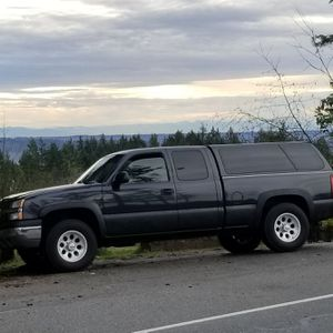 05 Chevy Silverado 1500 for Sale in Silverdale, WA