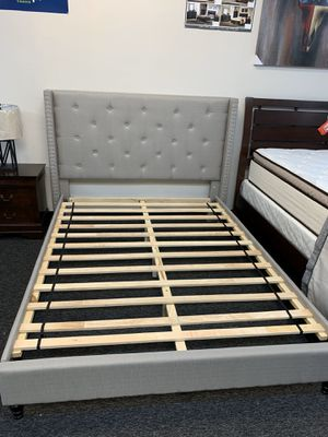 (JUST $54 DOWN) Brand New Tufted Queen Platform Bed (Financing and Delivery available) for Sale in Carrollton, TX