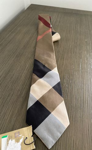 New authentic men's Burberry tie for Sale in Phoenix, AZ