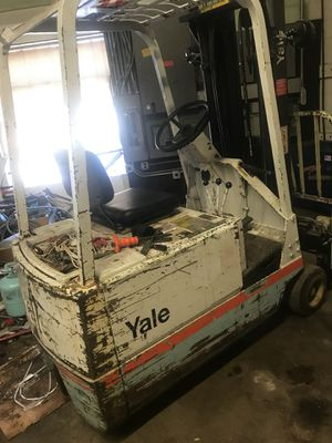 Forklift electric for Sale in Hyattsville, MD