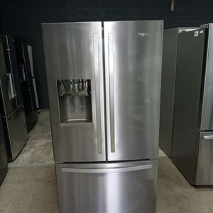 New Whirlpool french Door for Sale in Corona, CA