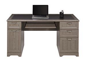 Office desk for Sale in Fairfax, VA