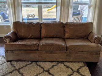 Ethan Allen Leather Couch for Sale in Humble,  TX