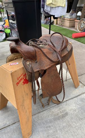 Horse saddle for Sale in Jurupa Valley, CA