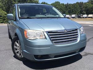 2009 Chrysler Town and country for Sale in Jonesboro, GA