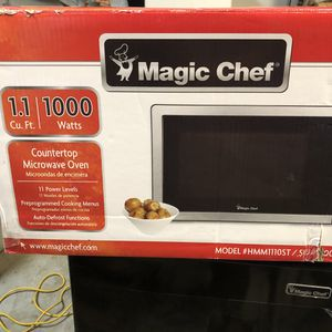Magic Chef 1.1 Cu Ft Microwave for Sale in Irmo, SC