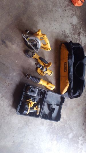 DeWalt 18v tool set with heavy duty bag. for Sale in Lincoln, IL