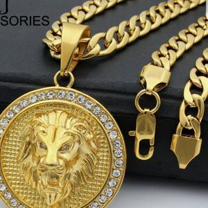 MENS BLING CUBAN 24 IN CHAIN WITH PENDANT for Sale in Moreno Valley, CA