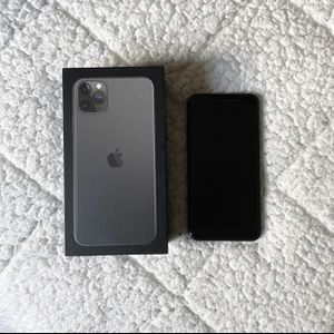 iPhone 11 Pro Max 256 Gb Unlocked for Sale in Egg Harbor Township, NJ