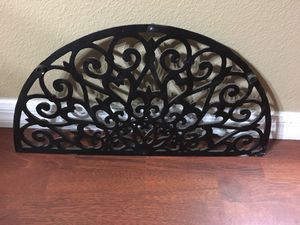 Iron wall decor for Sale in Kissimmee, FL