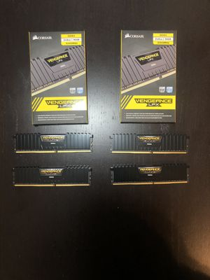 Corsair DDR4 32GB (4x8) 3200MhzCL16 RAM for Sale in Fairfax, VA