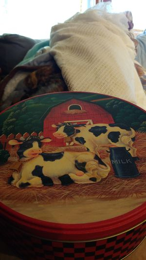 3 in one gorgeous cow tins for Sale in Cleveland, OH