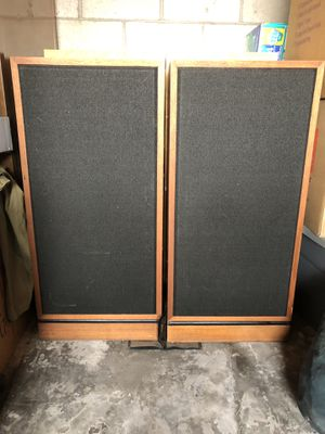Klipsch Speaker Forte 1 (Set of two) for Sale in Union City, CA